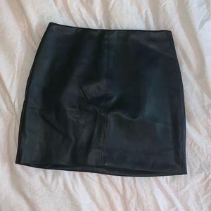 Hollister faux leather black mini skirt sz s